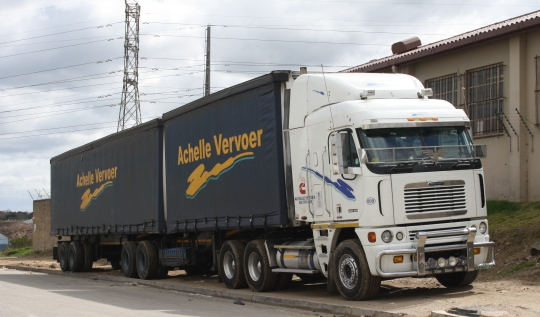 freight lorry south africa.jpg